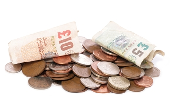 Do you find it difficult to handle or identify money?