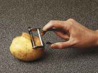 Economy Potato Peeler