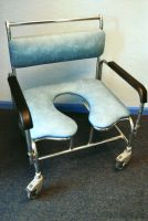 Baros Bariatric Wheeled Commode
