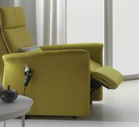 Lotus Tilt-in-space Powered Rise Recliner