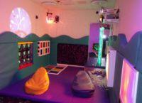 Dark UV Sensory Room