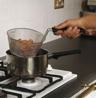 Saucepans and saucepan accessories category