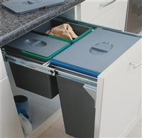 Pull-out larders, baskets and drawers