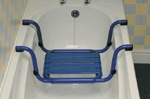 Suspended bath seats