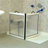 Portable shower screens and enclosures