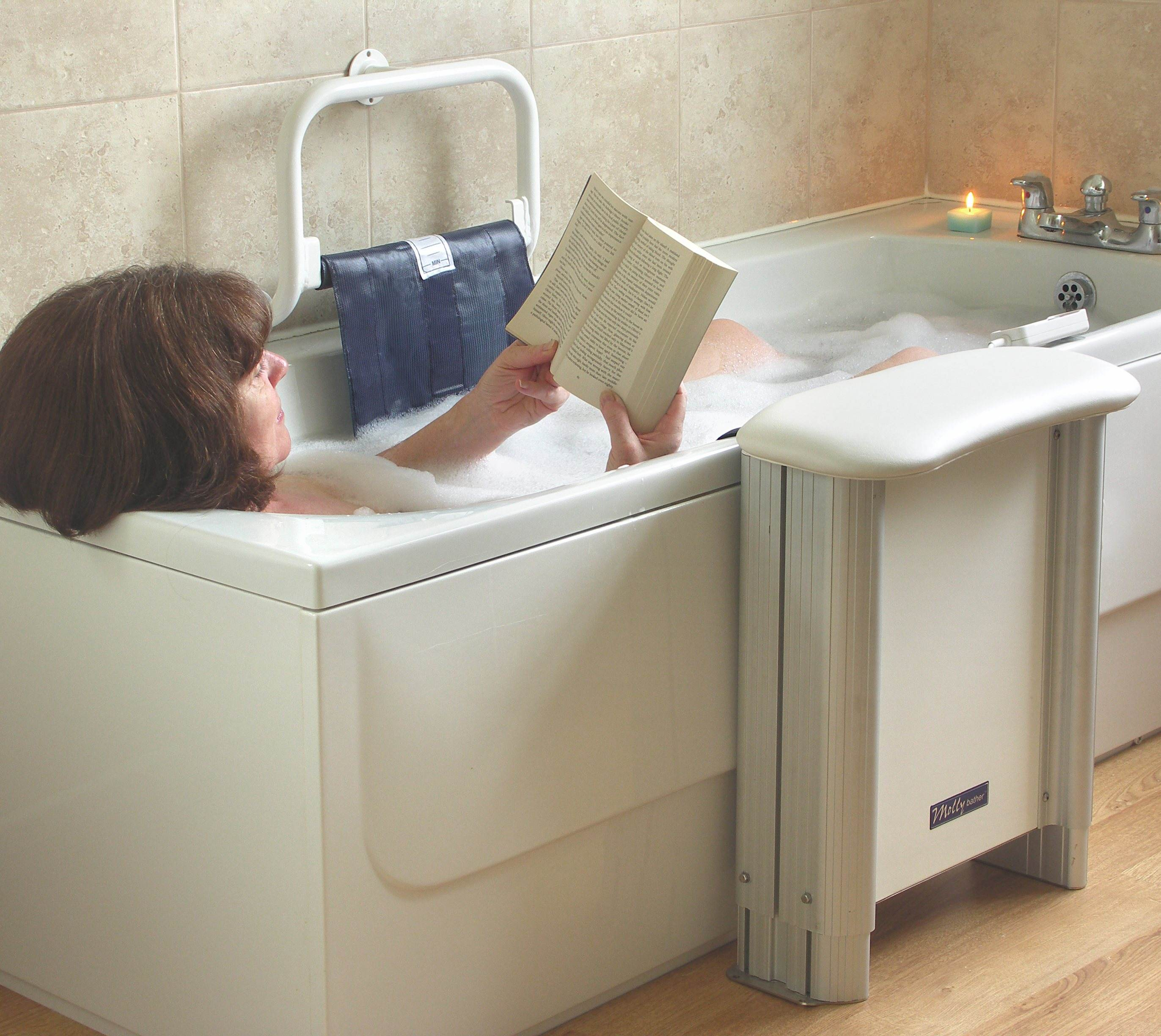 Molly Bather Bath Lift - Living made easy