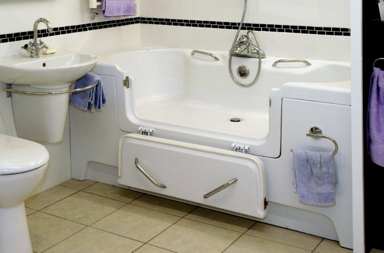 Rostherne Adjustable Height Assistive Bath