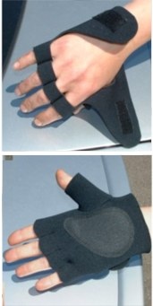 Easy Fit Wheelchair Gloves