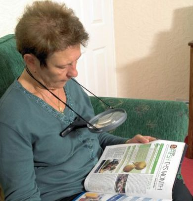 Magnifier With Neck Cord 1