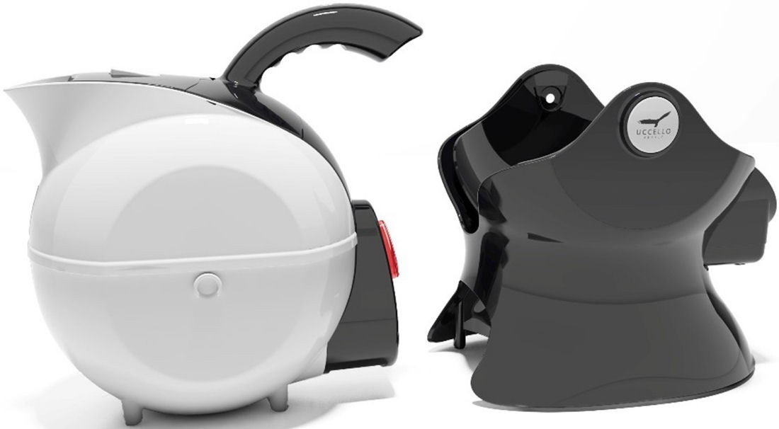 Uccello Kettle And Tipper 1
