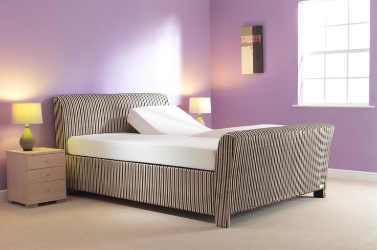 Carrick Adjustable Bed