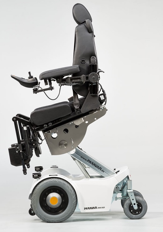 wheelchair with elevating and descending seat