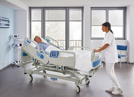 900 Accella Bariatric Profiling Bed 2
