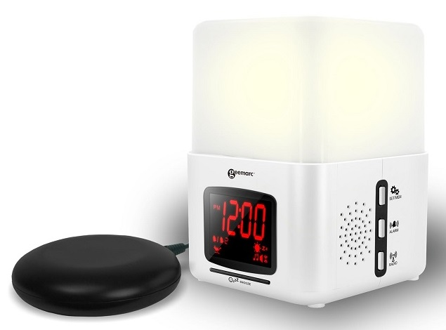Wake 'n' Shake Light Vibrating Alarm Clock With Lamp 1